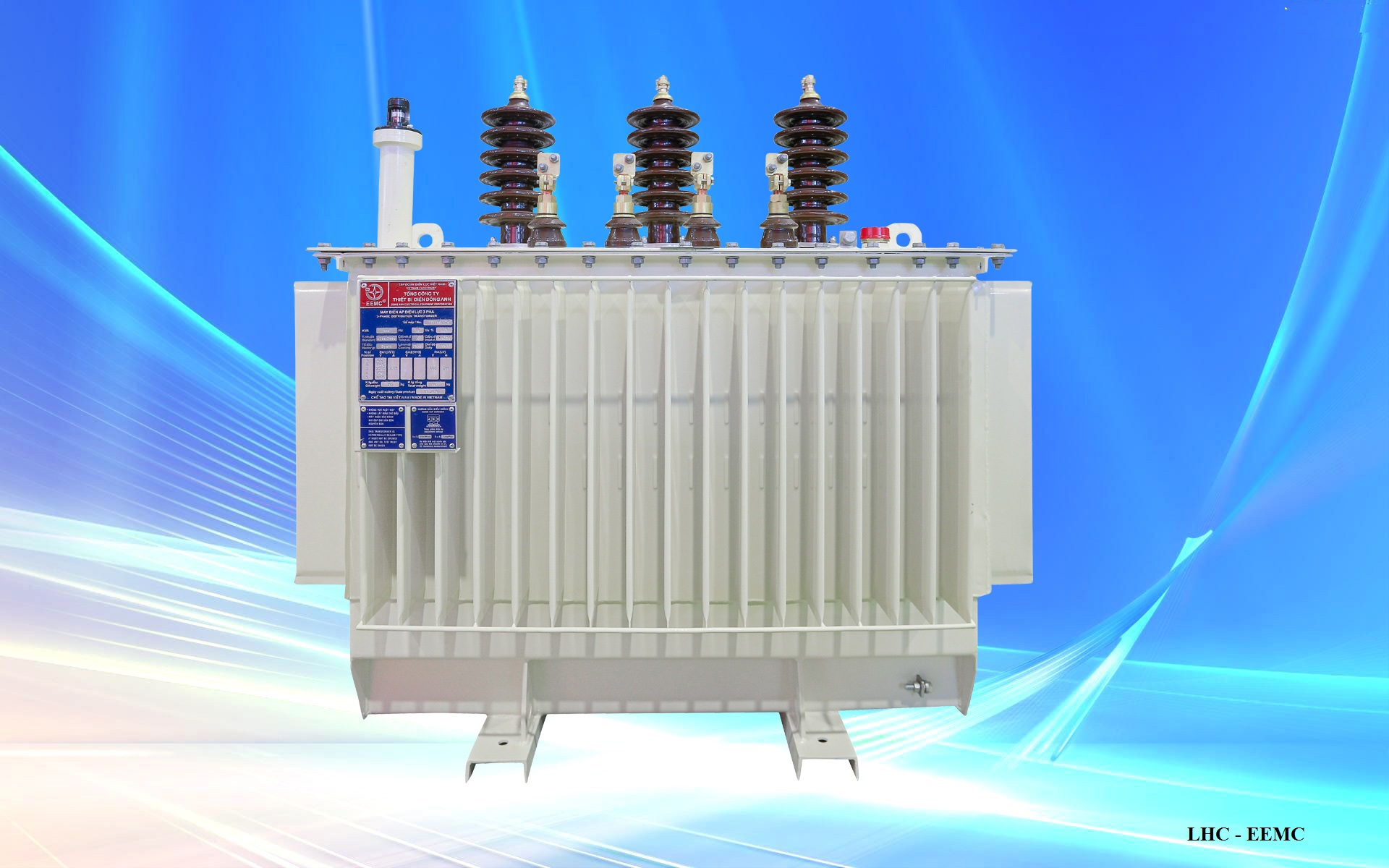 Closed type transformer