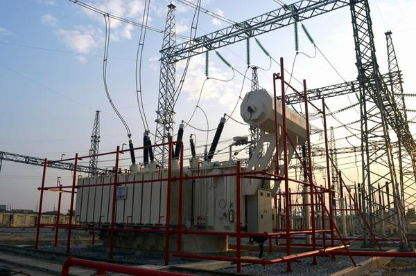 Máy biến áp 220kV của EEMC đóng điện vận hành an toàn tại TBA 220kV Kim Động