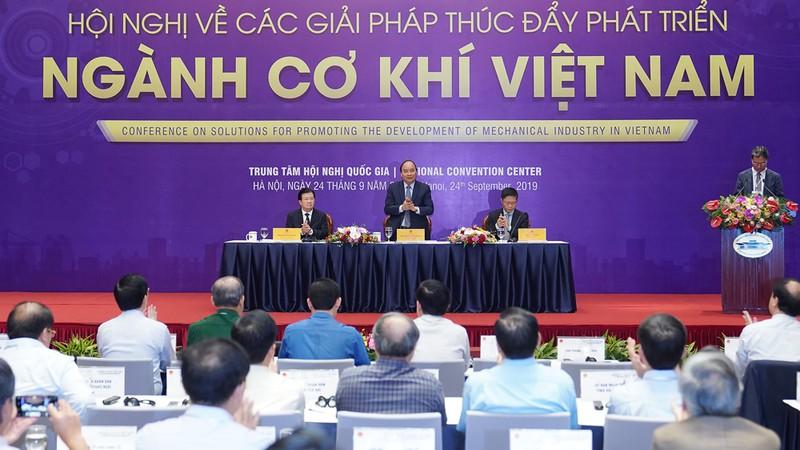 EEMC tham dự hội nghị thúc đẩy phát triển ngành cơ khí Việt Nam